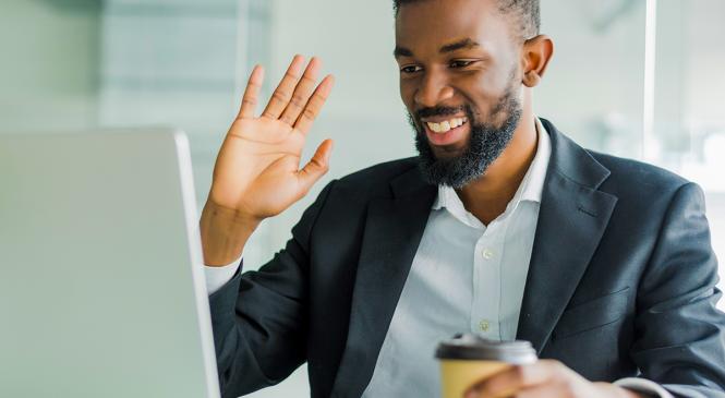 Por que o varejo deve investir no treinamento virtual?