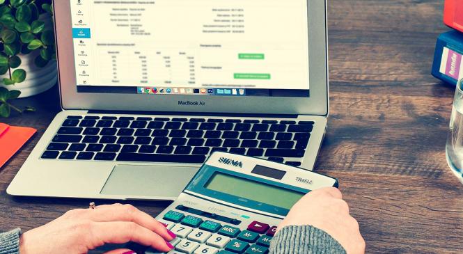 Saiba o que levar em conta na hora de comprar uma empresa?