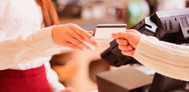 Sua operadora de cartões erra ao aplicar taxas? Saiba o que fazer.