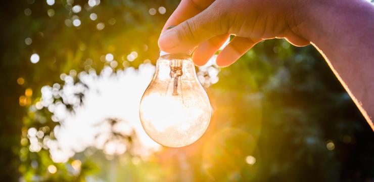 Conta de luz: como reduzir esse gasto em sua loja?